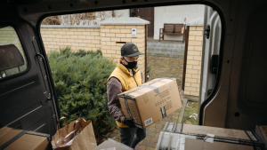 Read more about the article How to Start a Courier Business?
